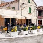 Caffe & cocktail bar Leopold